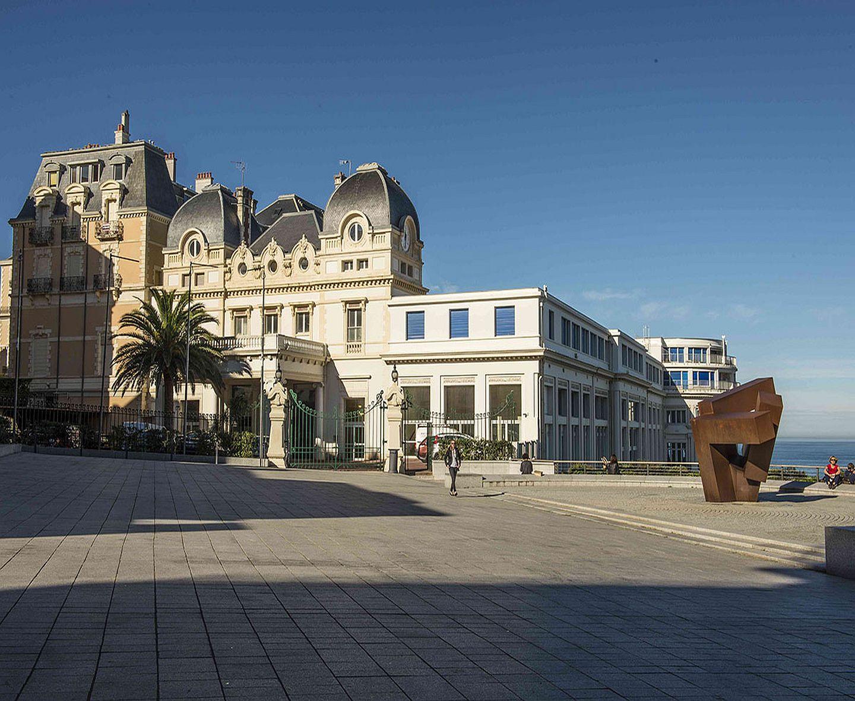 Biarritz casino bellevue used las vegas slot machines for sale