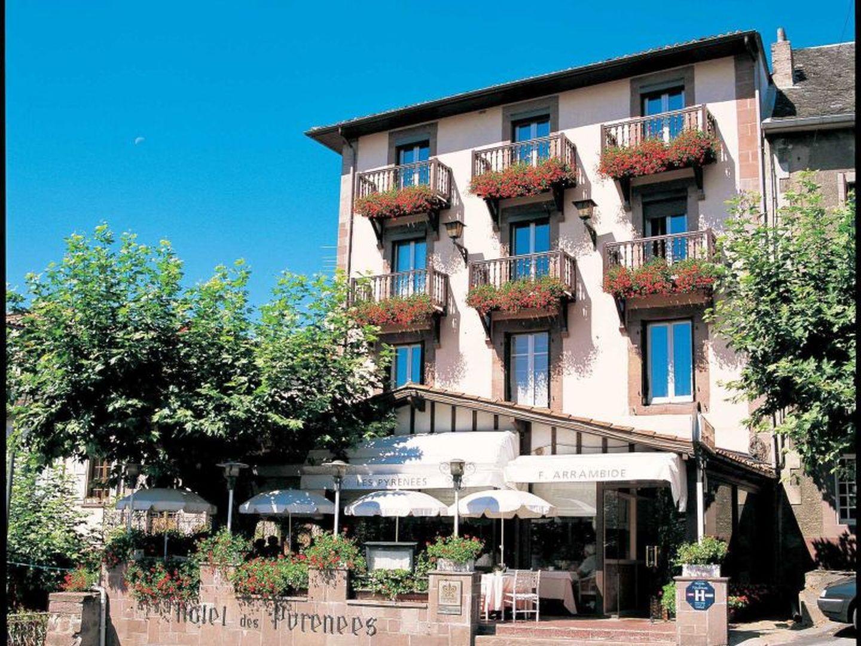 Restaurant les pyr n es saint jean pied de port 64 restaurants - Les pyrenees saint jean pied de port ...