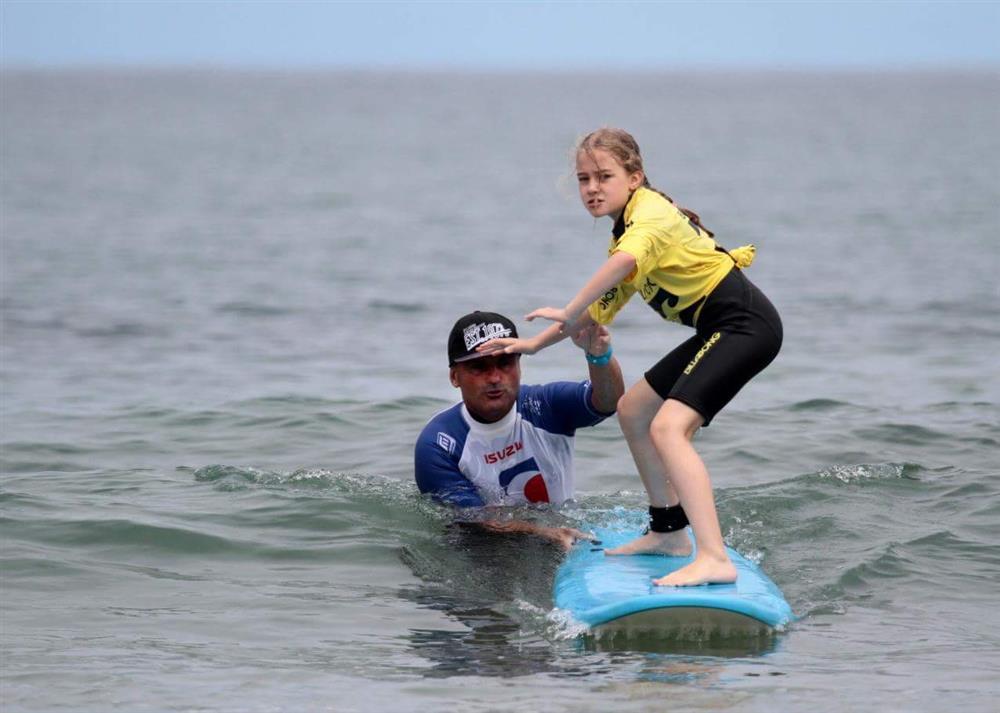École de Surf New School à SAINT-JEAN-DE-LUZ