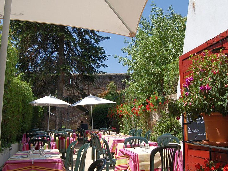 Iratze ostatua saint jean pied de port 64 restaurants - Saint jean pied de port carte ...